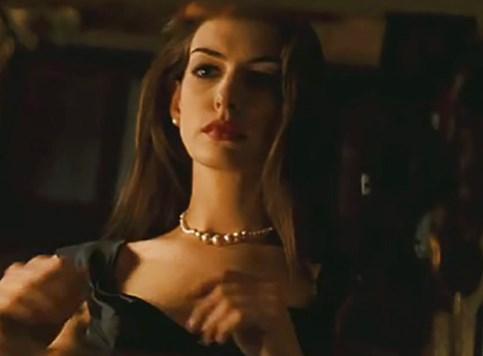 Anne Hathaway kao Barbie
