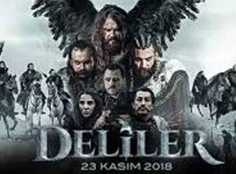 Turski stand-up komičar i istorijski fantasy spektakl!