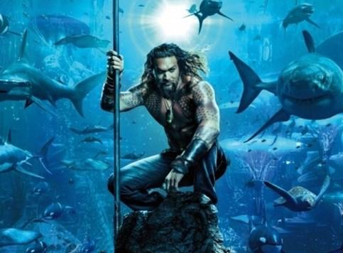 Aquaman - U dubinama, a površinski