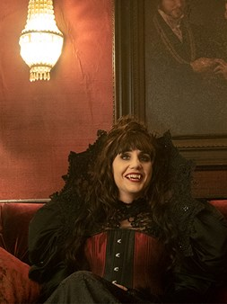 What We Do in the Shadows - Disfunkcionalni vampiri