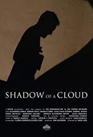 O umbra de norAka Shadow of a Cloud